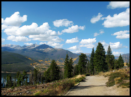 The views of Lake Dillon Reservoir and the Tenmile Range were stunning.